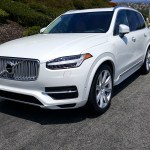 2016_Volvo_XC90_T8_Inscription_002