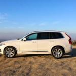 2016_Volvo_XC90_T8_Inscription_016