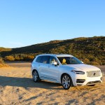 2016_Volvo_XC90_T8_Inscription_040