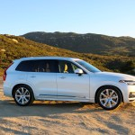2016_Volvo_XC90_T8_Inscription_042