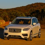2016_Volvo_XC90_T8_Inscription_058