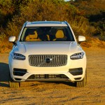 2016_Volvo_XC90_T8_Inscription_060