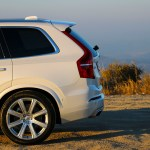 2016_Volvo_XC90_T8_Inscription_075