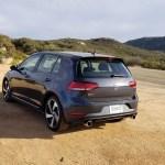 2018_VW_Golf_GTI_018
