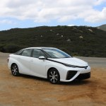 2018_Toyota Mirai_Fuel_Cell_023