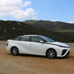 2018_Toyota Mirai_Fuel_Cell_024