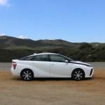 2018_Toyota Mirai_Fuel_Cell_025
