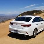 2018_Hyundai_Sonata_Hybrid_029