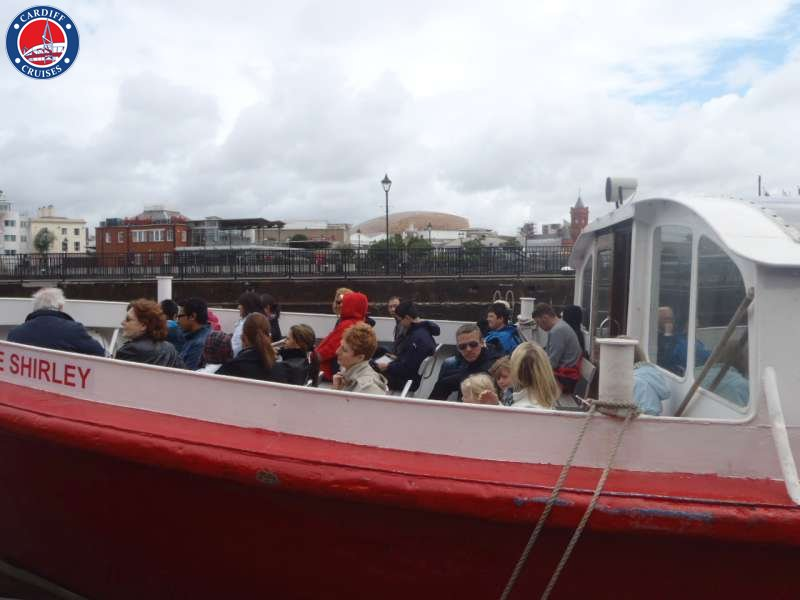 boat tour cardiff bay