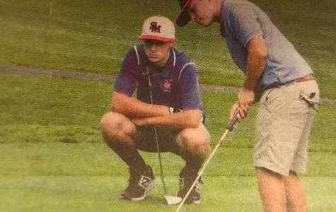 DCC Golf Shows Off Their Skills at Districts