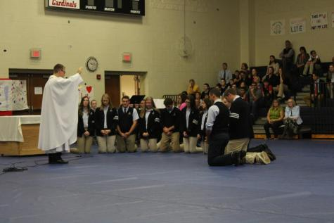 DCC Students Installed as Eucharistic Ministers at Pro-Life Mass