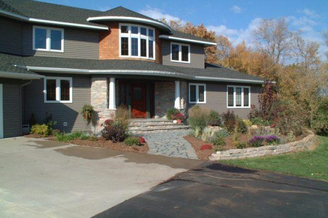 walk way, driveway, front porch
