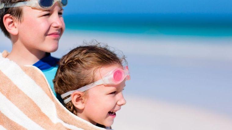 Cómo hacer que tu día en la playa con niños sea un éxito