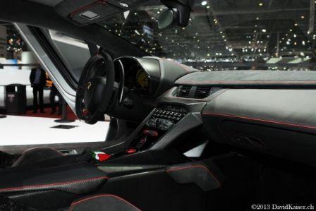 lamborghini-veneno-car-interior-details
