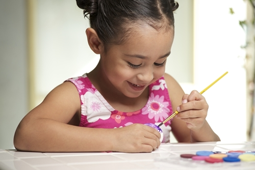 3 arts and crafts materials your kids should never swallow