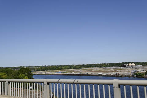 The site seen from Passyunk Avenue Bridge