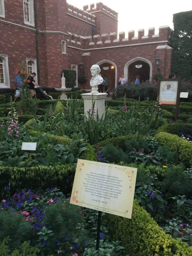 The traditional English garden dedicated to Shakespeare is a delight for Anglophiles and book-lovers alike. International Flower and Garden Festival