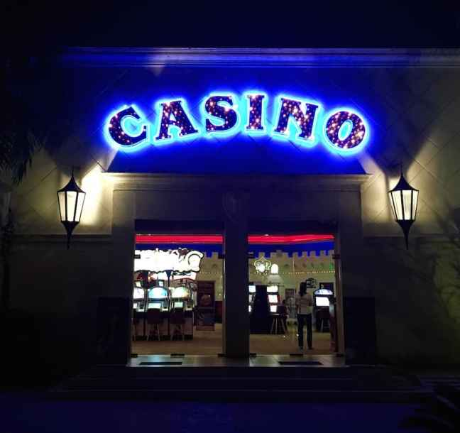 Ocean Blue and Sand in Punta Cana offers gambling.