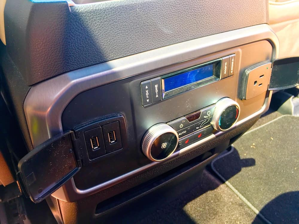 2018 ford expedition. exellent 2018 the usbs and the 110volt household plug in second row of seats canu0027t  be beat for convenience 2018 ford expedition in ford expedition