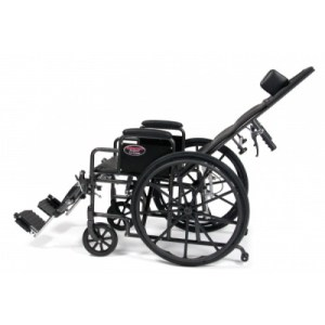 Silla de ruedas reclinable Advantage marca Everest & Jennings