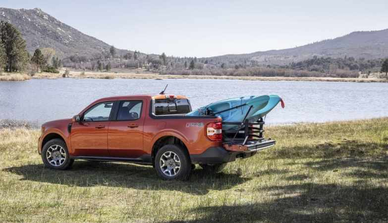 Ford Maverick's Flexbed: Functionality of Large Truck in a Compact Pickup?_1