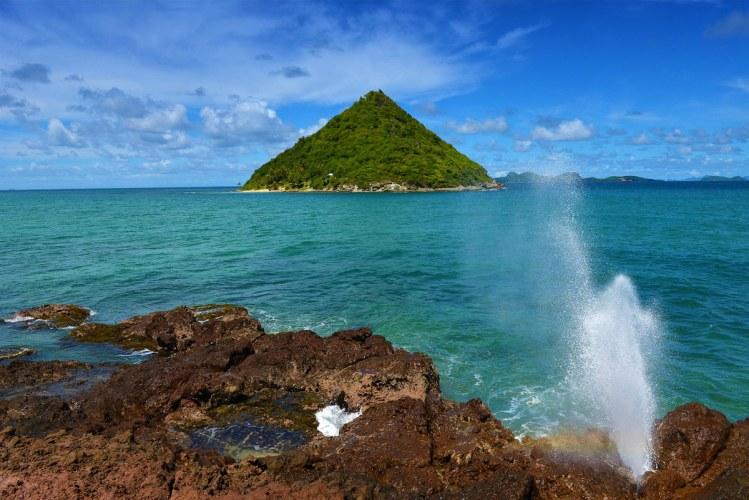 Sugar Loaf Island, Grenada, by Ted Lee Eubanks