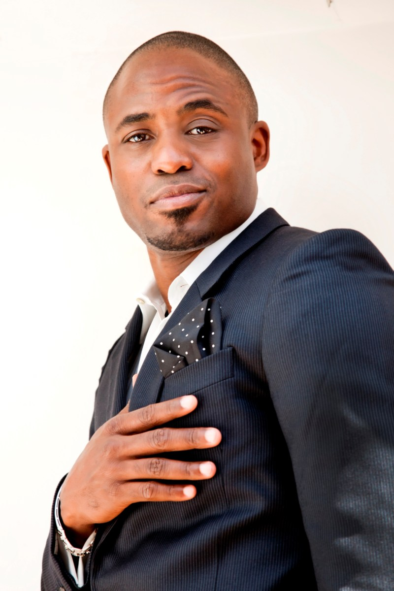 Wayne Brady Receives Heritage Award for Television