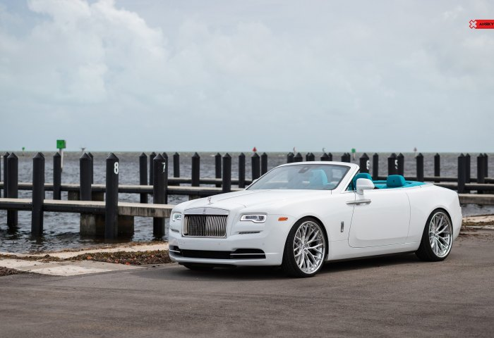 Automobile That Turns Heads Rolls Royce Dawn Convertible With