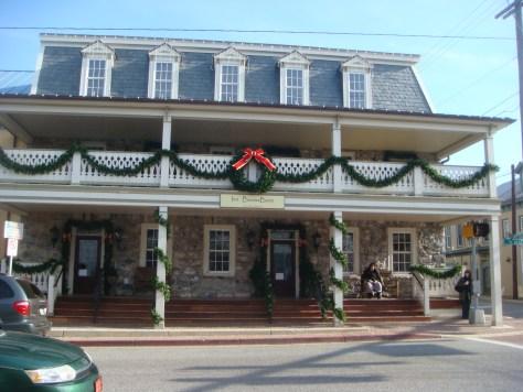Boonesboro Inn
