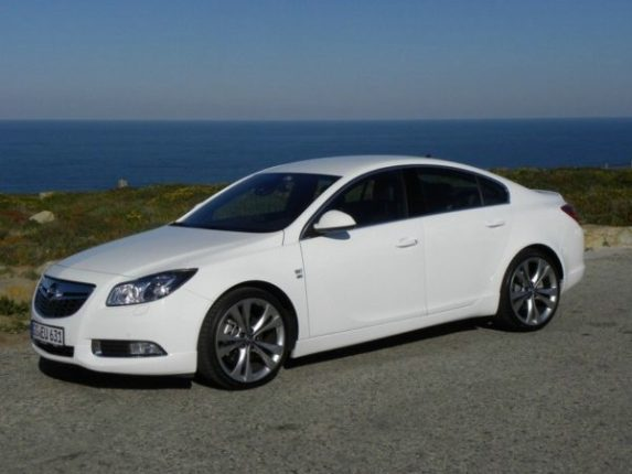 Opel Insignia Biturbo 2012
