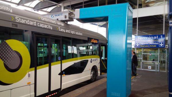 Le système de biberonnage par super condensateurs est en test de longue durée à l'aéroport de Nice.