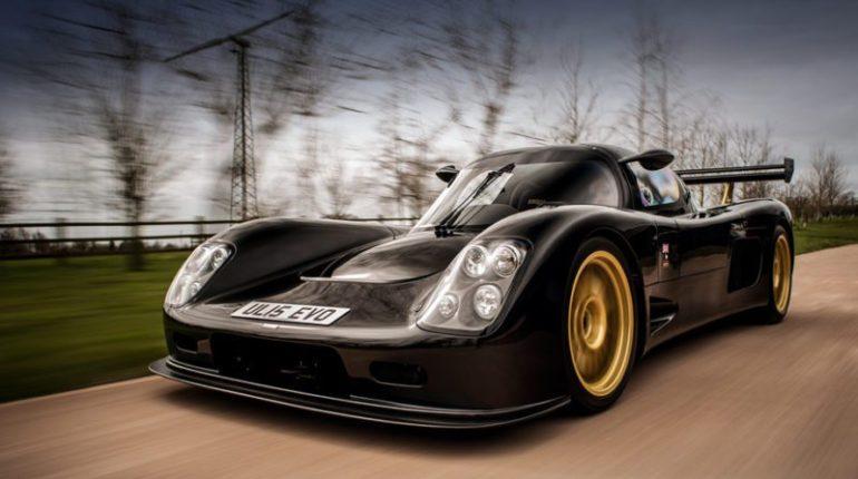 Ultima Evolution la supercar à Battre la Bugatti Veyron