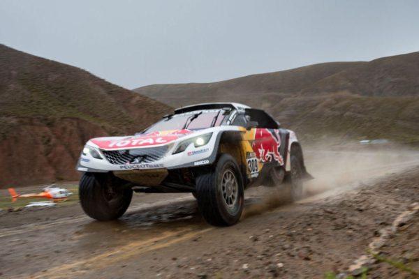 Sebastien Loeb sous la pluie, l'étape 6 du Dakar 2017 a du être annulé en raison du très mauvais temps
