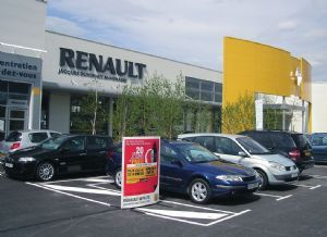 PGA achète Renault Chambéry