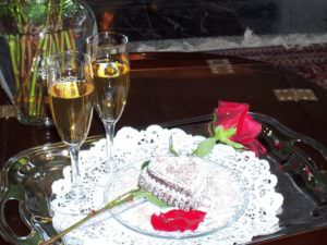 Romantic Brownies and Champagne