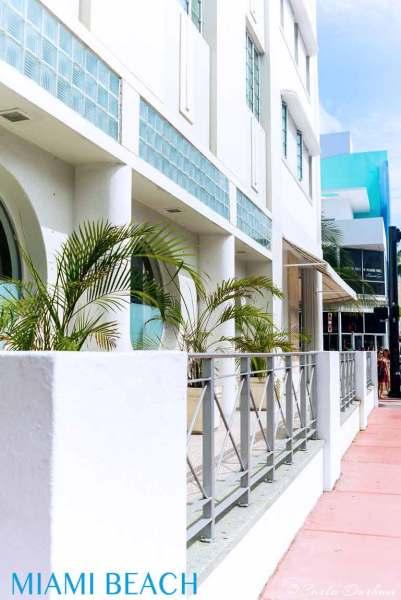 Miami-beach-art-deco-hotel-carla-durham