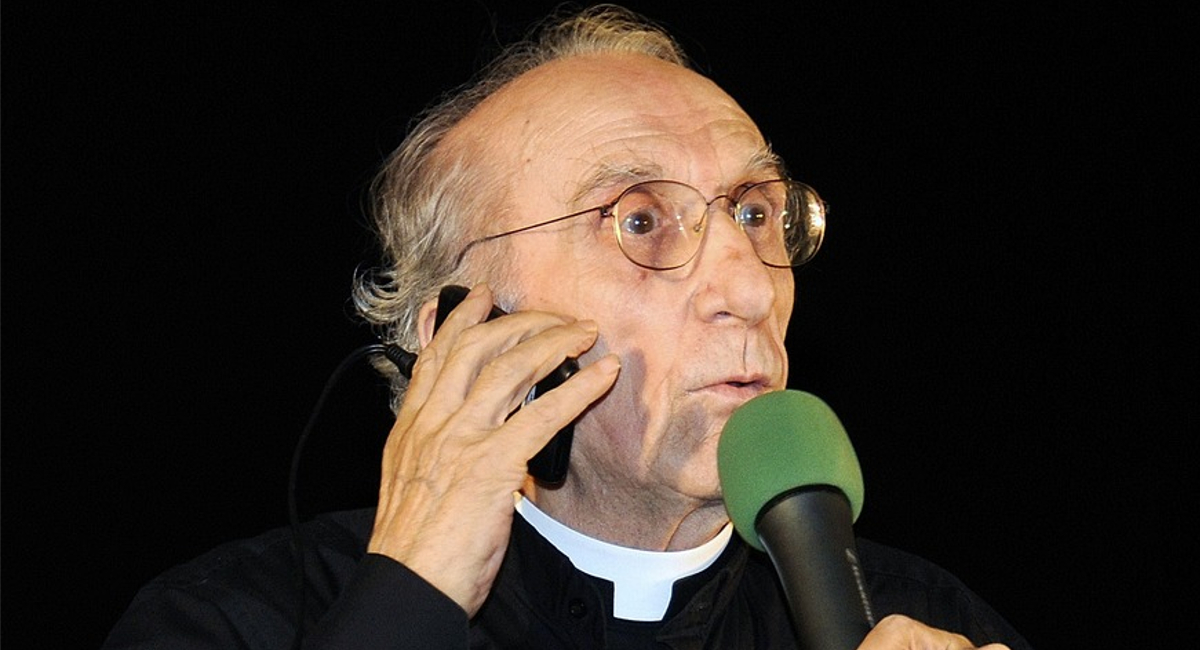 Gli auguri di Dario Fo a Don Gallo