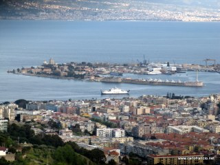 2011_04_15-S_Jachiddu-Panorama_Zona_Falcata