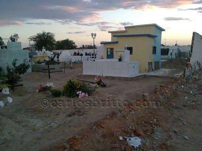 muro cemiterio joao de deus