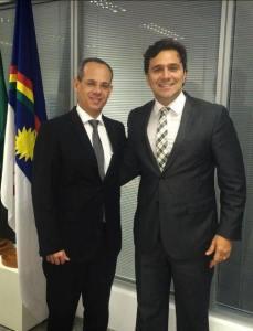 Rodrigo Novaes e secretário Educação