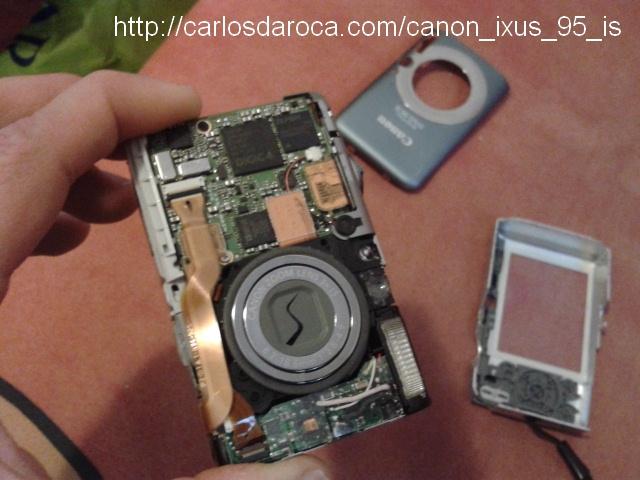 Visión frontal camara Canon IXUS 95 IS desarmada