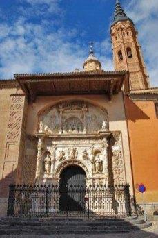 Portada de la Colegiata de Santa María (Calatayud)