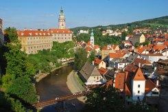 El río Moldava y el castillo