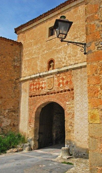 Puerta Medieval de Pedraza