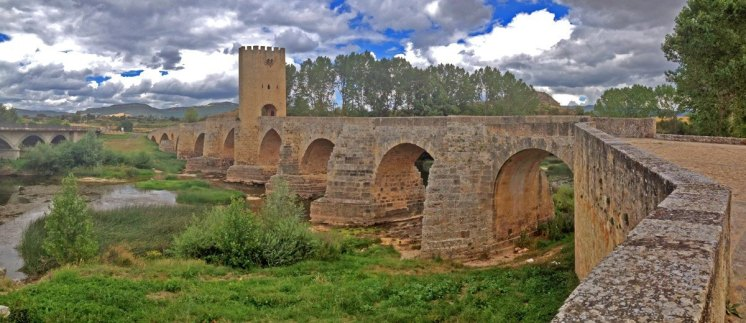 FRIAS---Puente-Medieval-(IPhone)-(1)