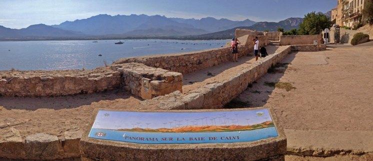 Mirador Bahía de Calvi y Sierras de Córcega