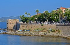 Murallas y Torre de San Giacomo