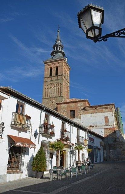 Calle e Iglesia de Navalcarnero