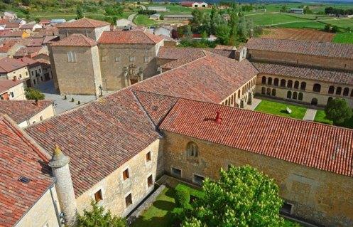 Conjunto Monacal desde la Torre Medieval