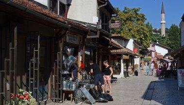 Bascarsija. Calle y Minarete